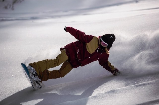 Colour Wear Powder Snowboarding
